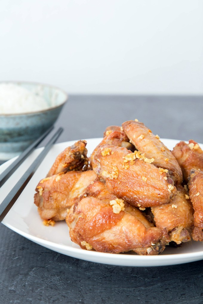 Crispy Oven Baked Garlic Chicken Wings 2| The Missing Lokness