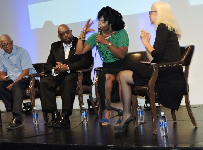 Actress Aunjunae Ellis leads a panel discussion at the Smith Robertson Museum last week. PHOTO BY STEPHANIE JONES