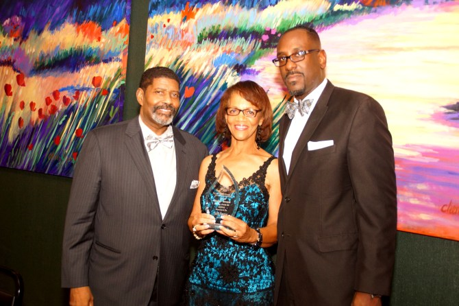 The Mississippi Link Publisher Jackie Hampton accepts the Phi Beta Sigma Image Award for Media from Vernon Jasper, chair; (left) and Mark Young, chapter president. PHOTO BY JAY JOHNSON