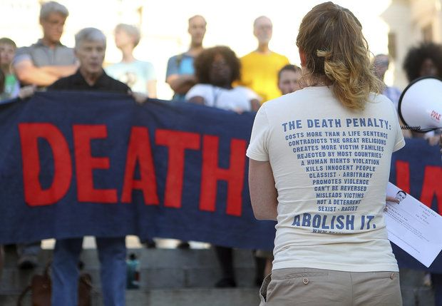 Bernadette Naro speaks out against the death penalty while opponents protest the planned execution of J.W. Ledford Jr. for the 1992 murder of his elderly neighbor at the State Capitol on Tuesday, May 16, 2017, in Atlanta. (Curtis Compton / AP)