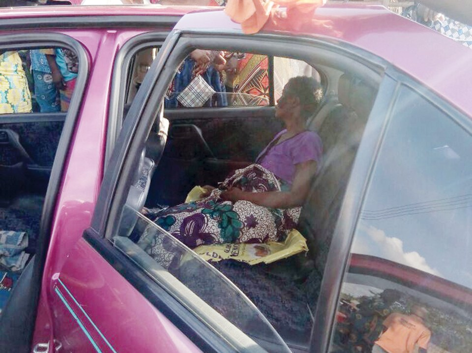 Shock in Ogun community as woman discharges maggots from private part