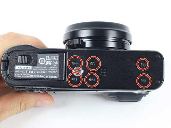 Fuji-X100T-bottom-image