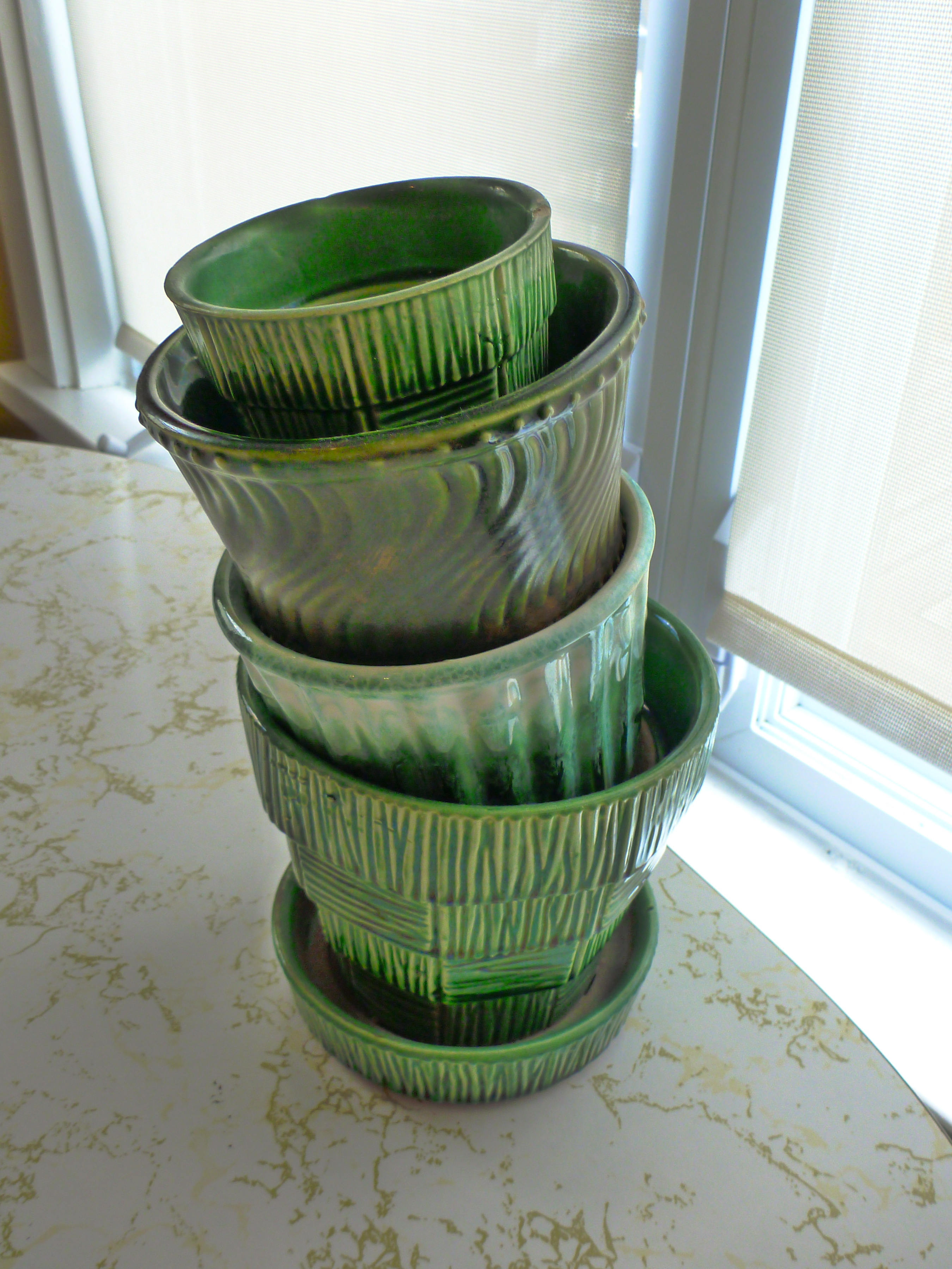 Ceramic Pottery For Plants Vintage Mccoy Pottery Green Planters The New Collector