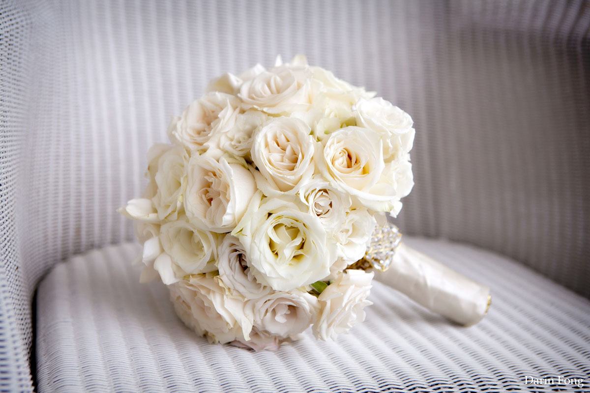 wedding bouquet wedding bouquet 21 To Die For White on White Bouquets