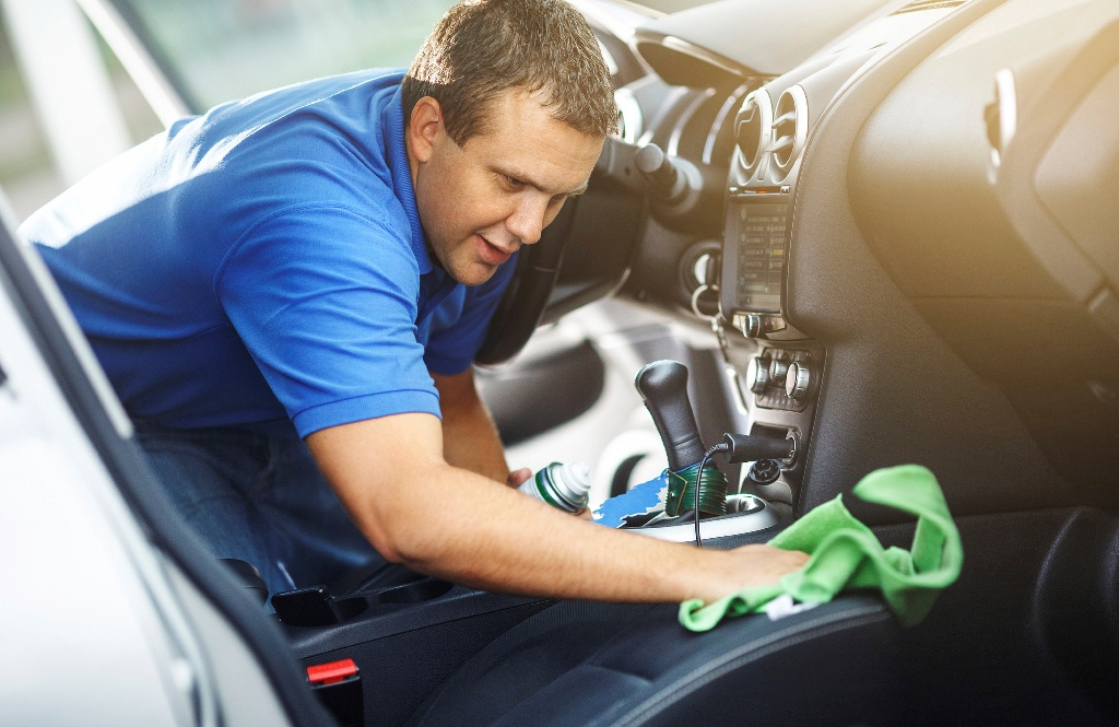 How To Get Smoke Smell Out Of Leather Car Seats