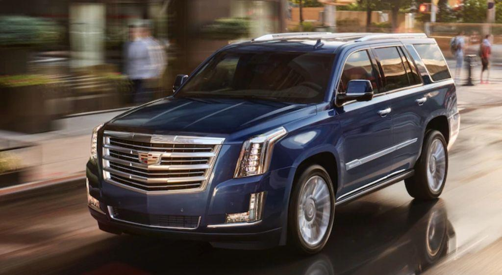Safety Car Of The Year 2018 2019 Cadillac Escalade Overview The News Wheel