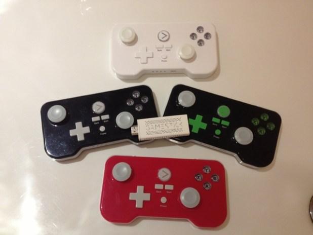 gamestick-console-white-black-red