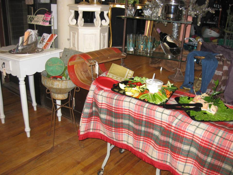 Tobaggan Serving Table
