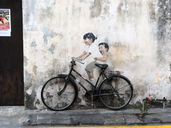 Penang Street Art - Kids on Bicycle by Ernest Zacharevic
