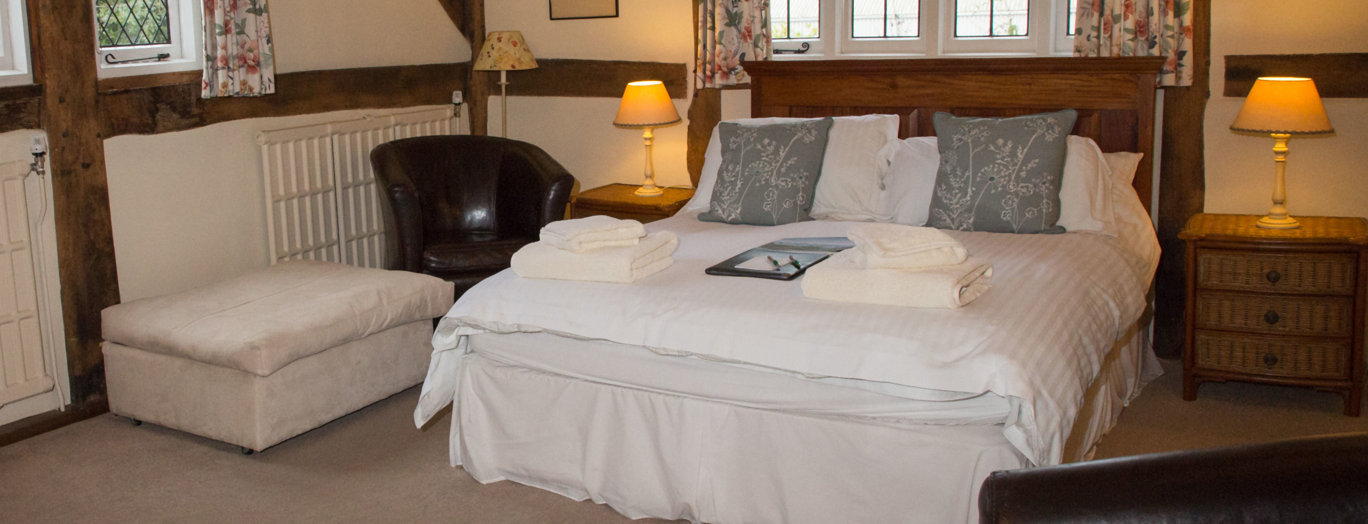 The Old Farmhouse Bed And Breakfast Bed And Breakfast In Windsor The Old Farmhouse Windsor
