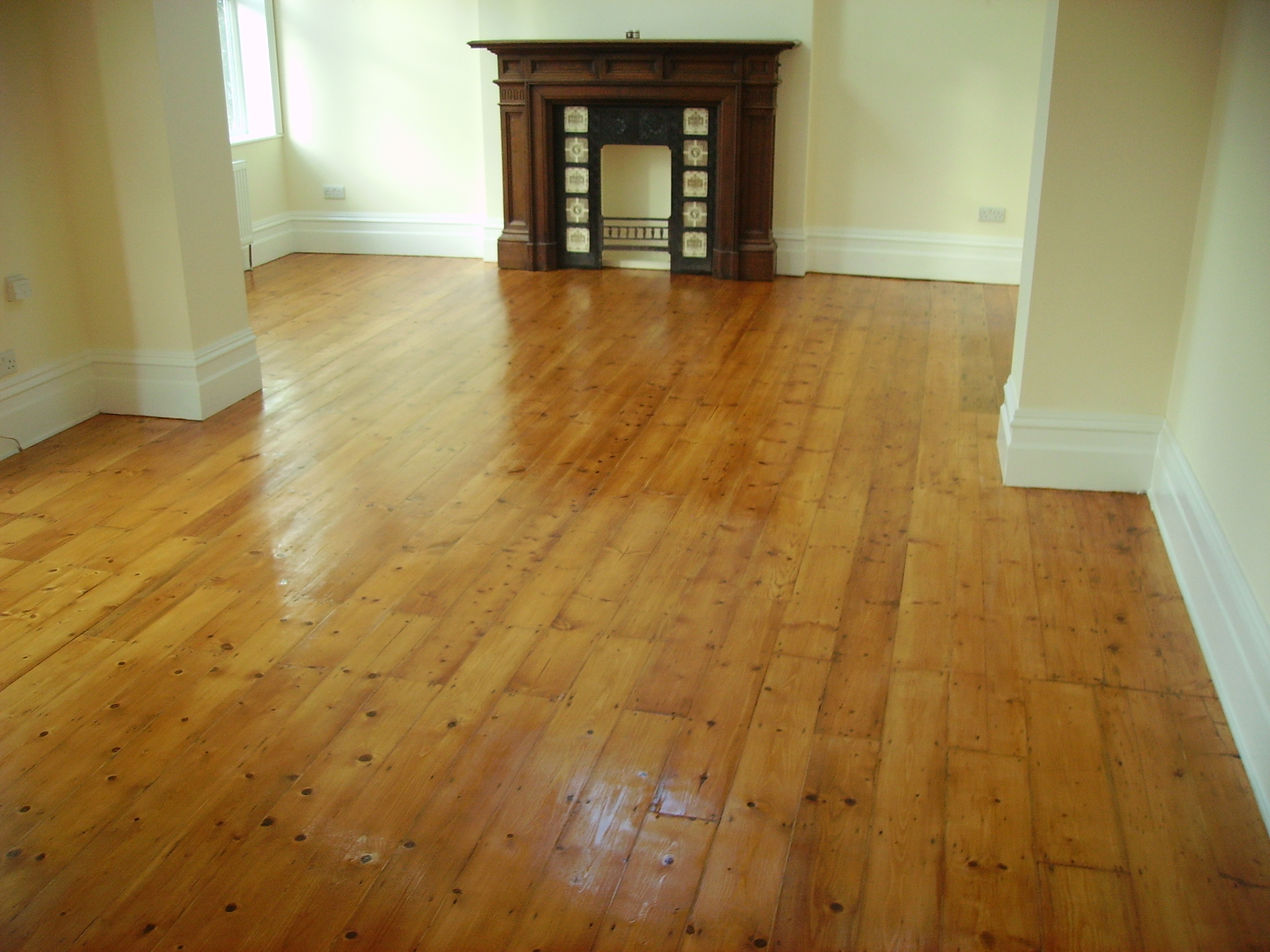 Light Pine Flooring Sanding And Sealing The Old Flooring Company