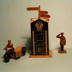 DINKY TOYS No 44  AA 1935 PRE-WAR TELEPHONE BOX and Accessories.