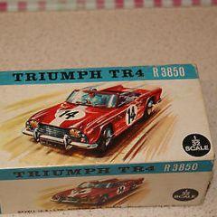 REVELL TRIUMPH TR 4 SLOT CAR  1/32