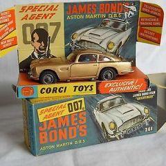 Corgi 261 Aston Martin Goldfinger DB5 boxed toy 1965
