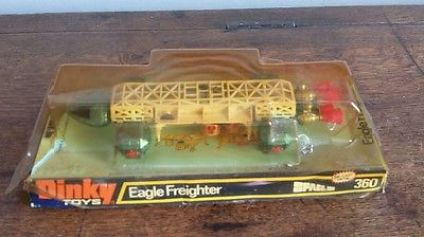 vintage-1970s-dinky-toys-eagle-freighter-360-space-1999-die-cast-blue-white-box-41402