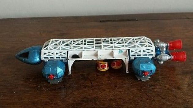 vintage-1970s-dinky-toys-eagle-freighter-360-space-1999-die-cast-blue-white-box-41406