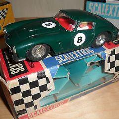 %% SCALEXTRIC FERRARI 250 GT BERLINETTA RARER GREEN COLOUR BOXED %%