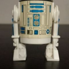 Vintage Star Wars Last 17 R2 D2   100 % original lightsaber  excellent condition