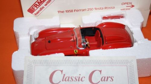 Danbury/Franklin Mint 1958 Ferrari 250 Testa Rossa 1:24 scale diecast car boxed
