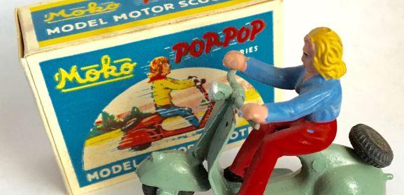 RARE 1940s Moko England Grey POP POP Scooter Box & Rider Lesney Dinky Corgi RARE