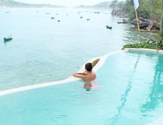 Infinity pool in Le Pirate Beach Club, Nusa Ceningan island, Bali.