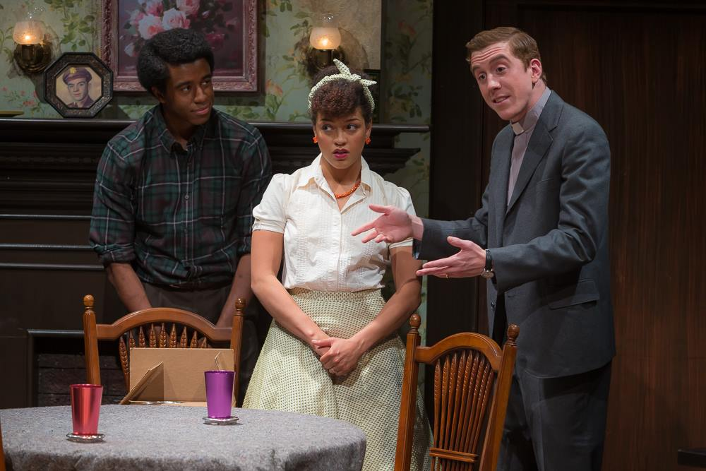 Black & White Gothic Tale : Clybourne Park @ University of California, Irvine - Review