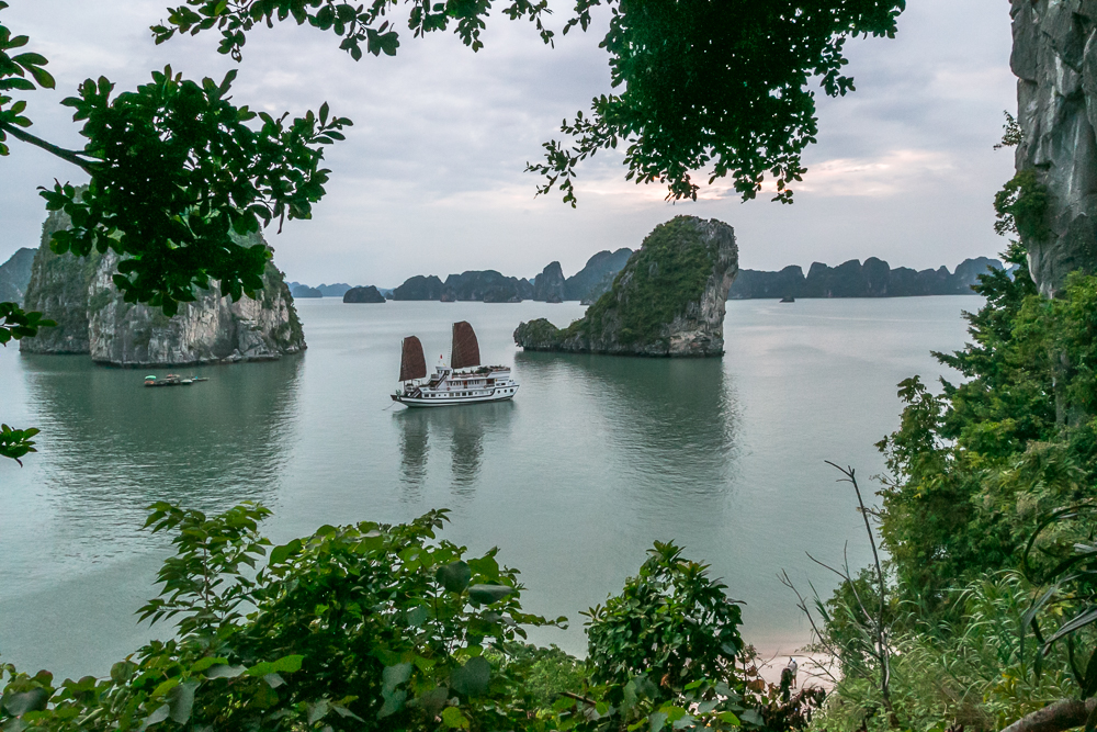 Indochina Junk - Ha Long Bay Vietnam - The Overseas Escape-30