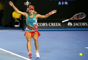 angelique_kerber_falls_to_the_ground_moments_after_56ac980466