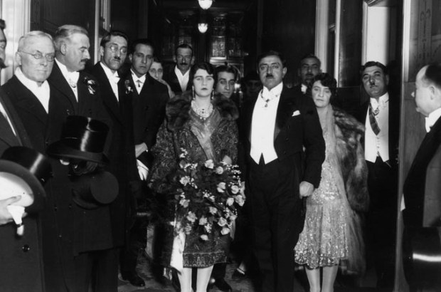 29th March 1928: King Amanullah of Afghanistan (1892 - 1960), with his Queen visiting Manchester. (Photo by H. F. Davis/Topical Press Agency/Getty Images)