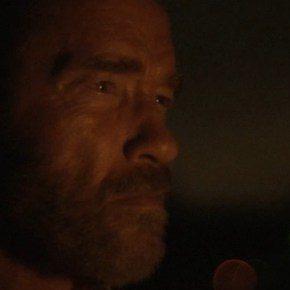 Arnold Schwarzenegger-MAGGIE