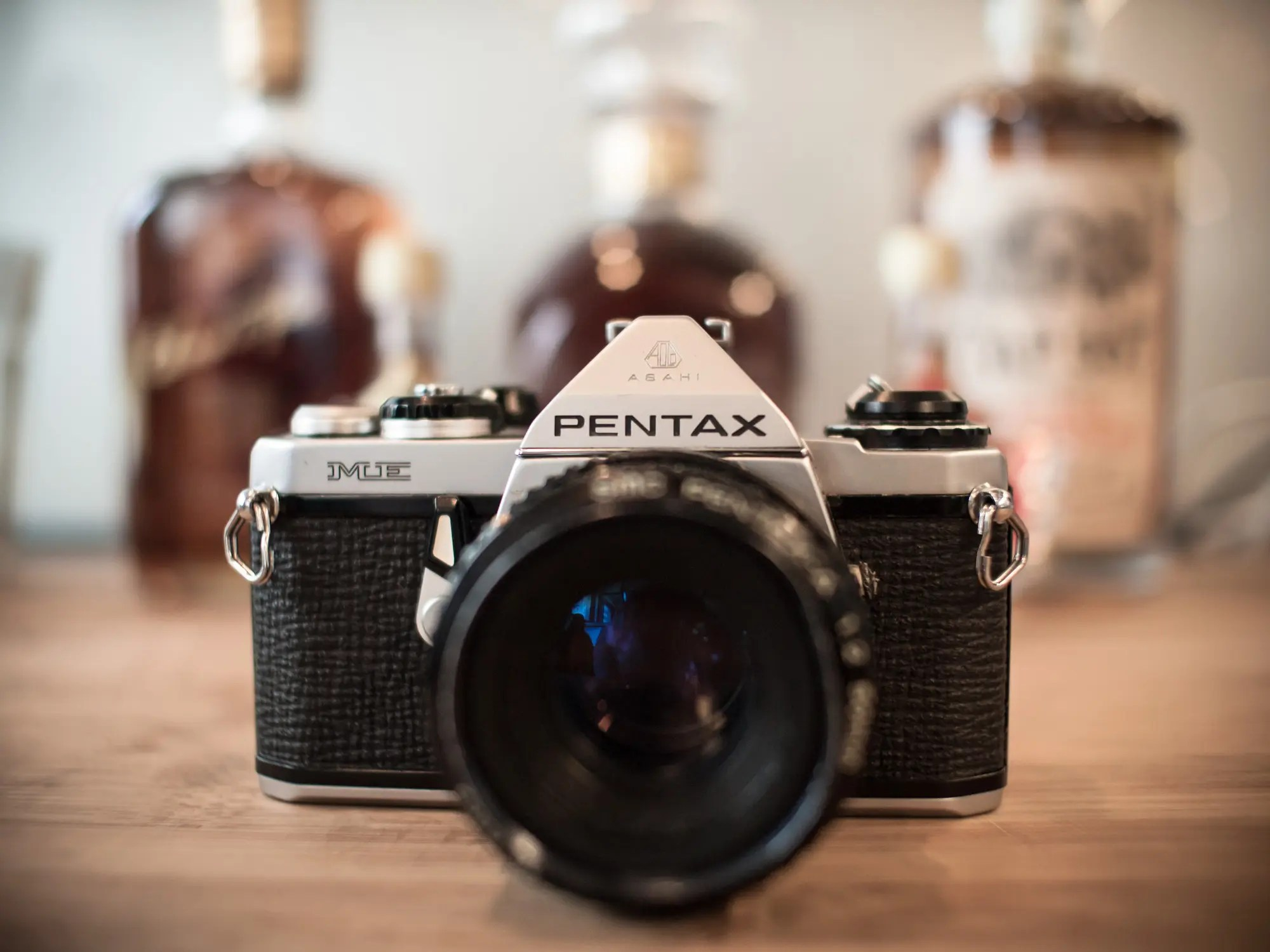 Film Camera Pentax 39s New Mx 1 Looks A Lot Like Its Old Me Slr The