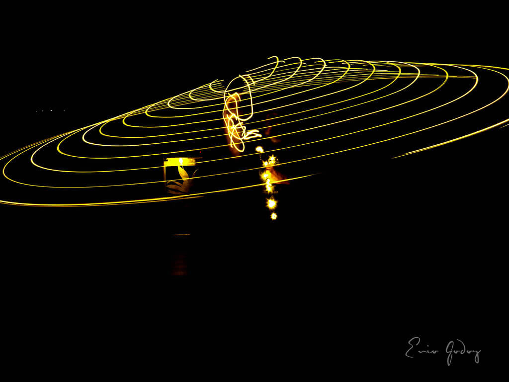 35 Beautiful Examples Of Light Painting Photography The Photo Argus