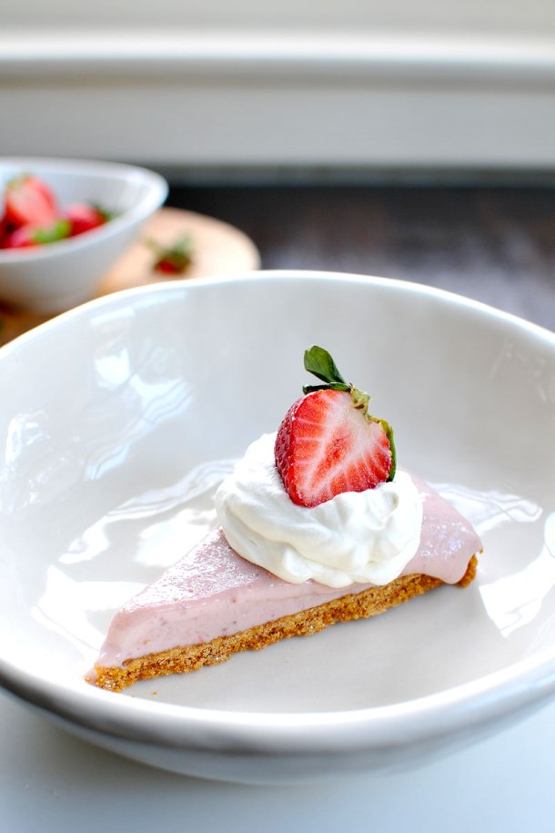 "Simple ""Strawberry Milk"" Icebox Pie 