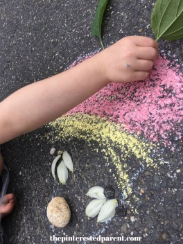 Land & Chalk Art - Nature and outdoor play for the kids - Summer arts & crafts activities