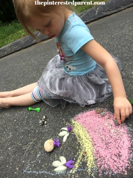 Land & Chalk Art - Nature and outdoor play for the kids - Summer time arts & crafts and activities