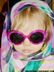 Channeling her inner Jackie O.