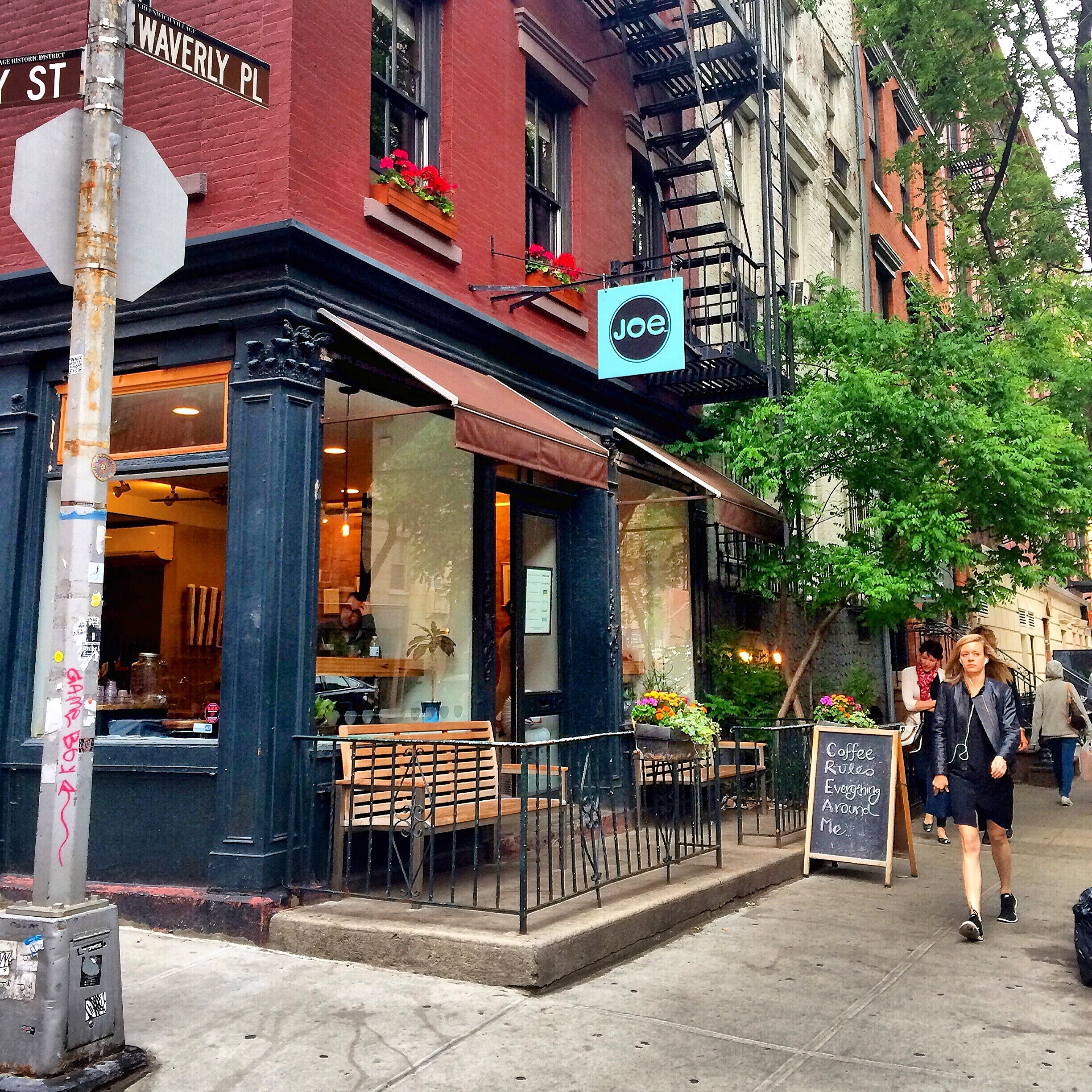 Favorite spots in new york 39 s west village for The village nyc