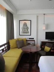 PHSR sofa