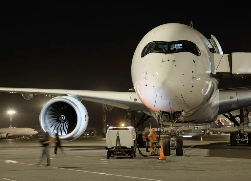 Air tarmac delays are at an all-time low. Photo courtesy of Shutterstock.