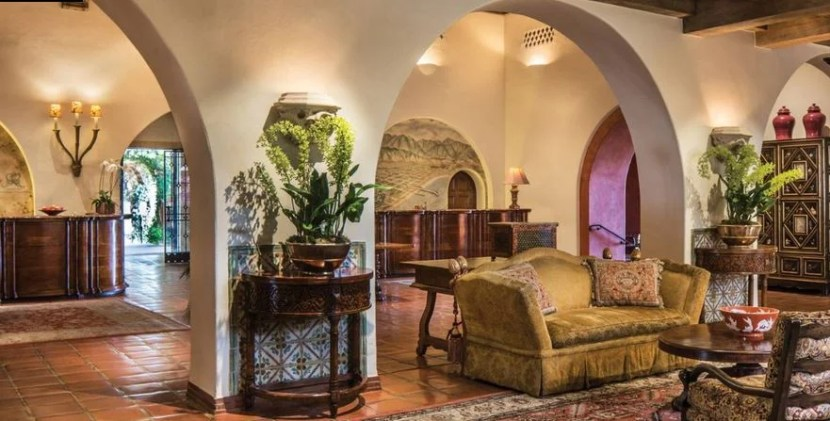 The lobby of the Four Seasons Santa Barbara