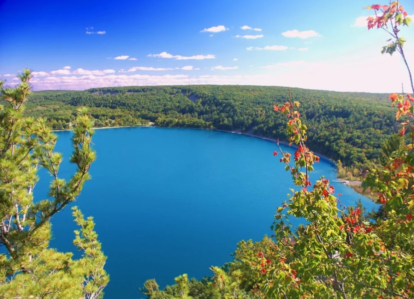 Devils Lake State Park, Wisconsin. Photo courtesy of Shutterstock.
