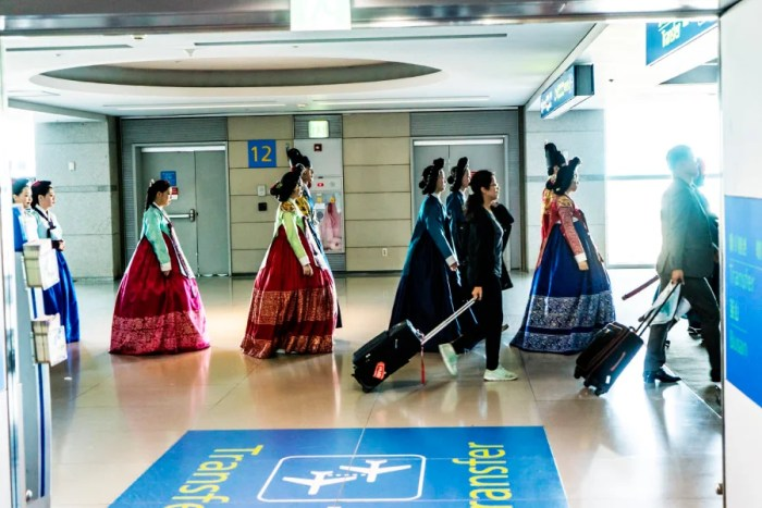 Transiting through Seoul with these folks in traditional Korean garb.