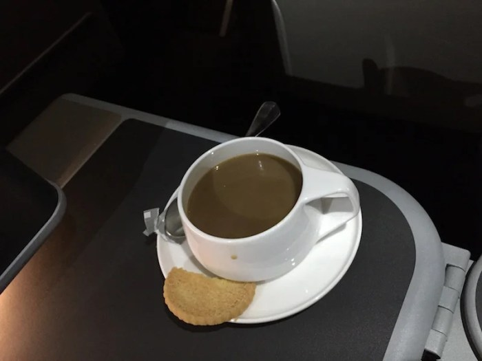 Just enough time for coffee and a cookie before landing.