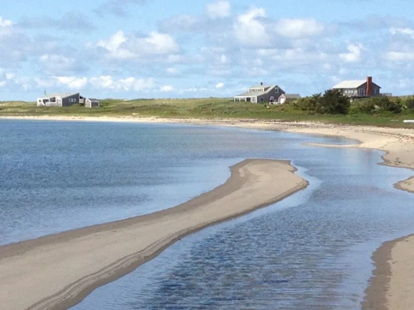 The Nantucket Harbor beach at The Wauwinet. Photo by Drew Limsky.