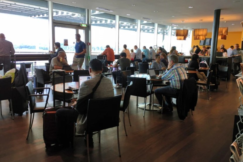 The Panorama Lounge located near transcontinental gates was very crowded.