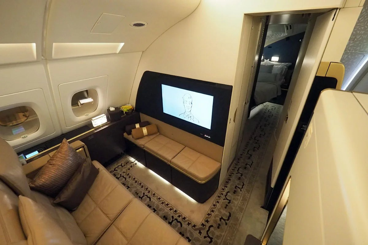 Touring The Residence Etihad39s 20000 A380 Suite