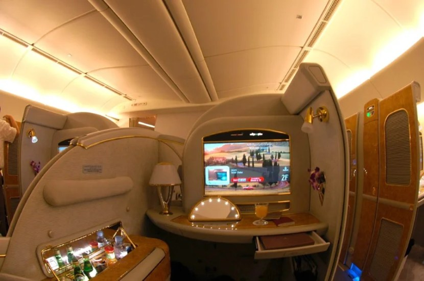 Emirates' First Class Suite on the Boeing 777-200LR is a taste of luxury.