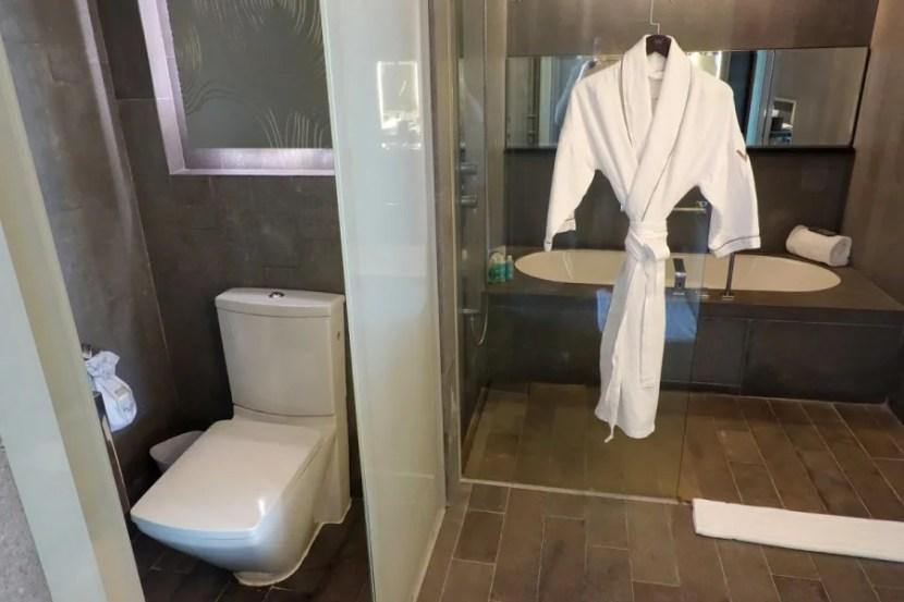 Fantastic Suite bathroom.