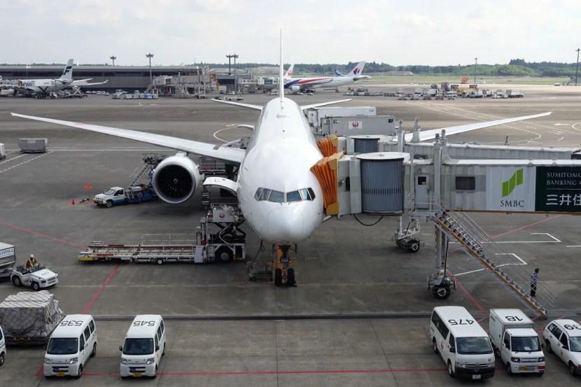 JAL's 777-300ER at NRT.