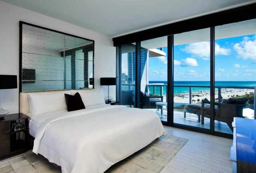 The W South Beach is a gorgeous Starwood property. Find out how to use and earn Starwood points in this post.